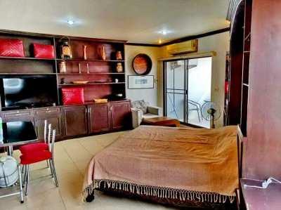 Riverside Condominium for sale, 200 meter from Holiday Inn ChiangMai.