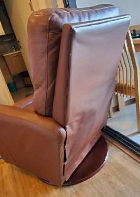 LAZYBOY RECLINER CHAIR Like New!