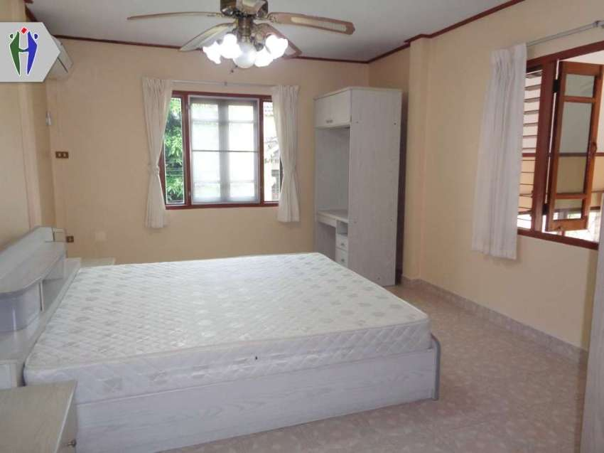 Two storeys Townhouse for Rent. 12,000 Baht Sukhumvit Central  Pattaya