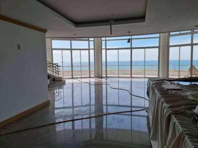 A Great View Penthouse on Top Floor Rayong