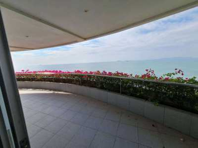 Beachfront condo project with 180 degree ocean view