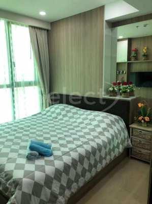 Dusit Grand Condo View    35 Sqm 32 Floors   C 2063