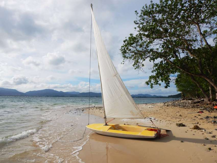 Price REDUCED TO 39000, OPEN FOR OFFERS .Simple Sailer for SALE !
