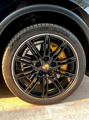 ขาย รถเก๋ง Porsche Cayenne สีดำ ปี2015 วัฒนา กรุงเทพฯ