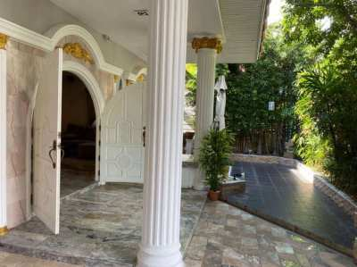 Nice House renovated Top Garden Finance by Owner possible