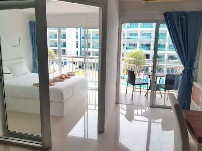 Move in ready 1 bedroom condo on Mae Phim beach in Rayong!