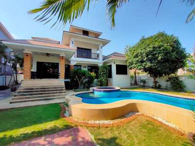 Large Furnished Pool Villa - Ready To Move In + 5 Min. Drive To City