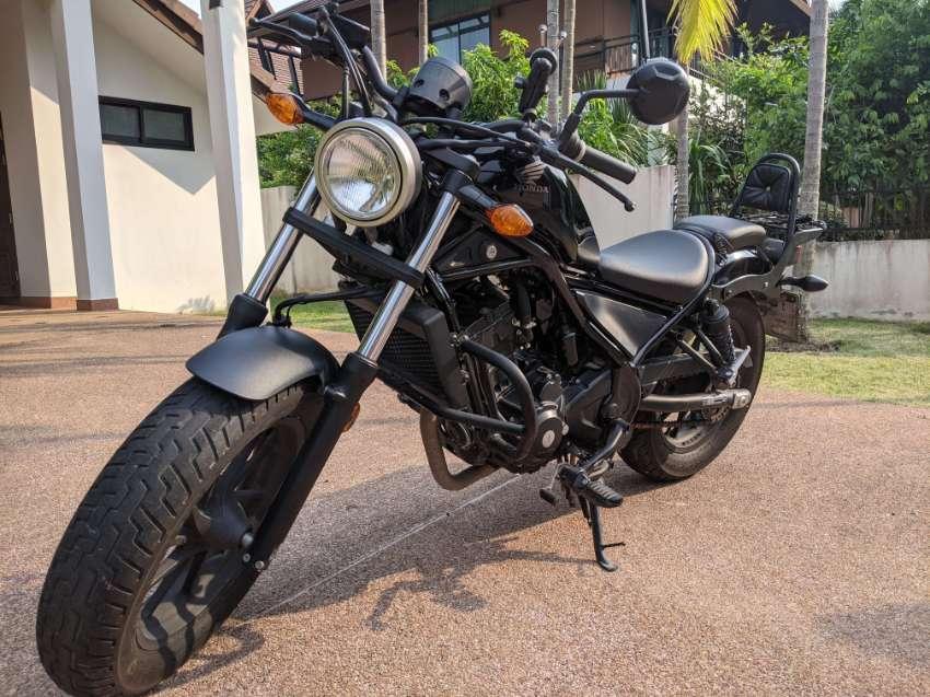 Black Honda Rebel 300