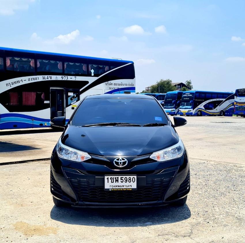 ขาย รถเก๋ง Toyota yaris 1.2 สีดำ ปี2018