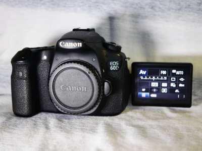 Canon 60D DSLR camera black Body