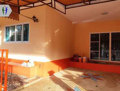 Single House for Rent 2 Bedrooms with Garden