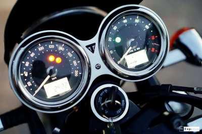 [ For Sale ] Triumph Bonneville T100 2018 like a new bike Only 2,xxx