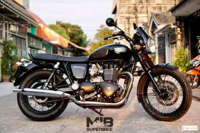 [ For Sale ] Triumph Street Twin 2015 like a new bike Only 10,xxx km