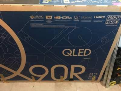 "Samsung Q90R 82"" UHD QLED 4K Tv like new"
