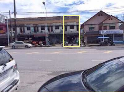 Commercial building for sale in Kamala on the main road