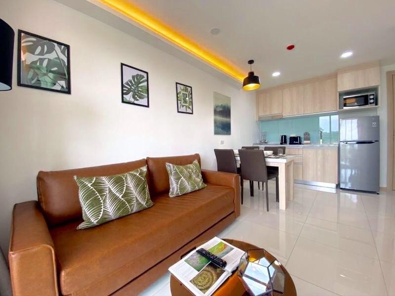 Beautiful Condo For Sale in Bangsaray