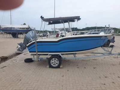 Speed/fishing  boat for sale.