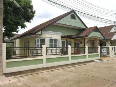 One story house for sale 3 bedrooms East Pattaya. Close to Motorway 7.