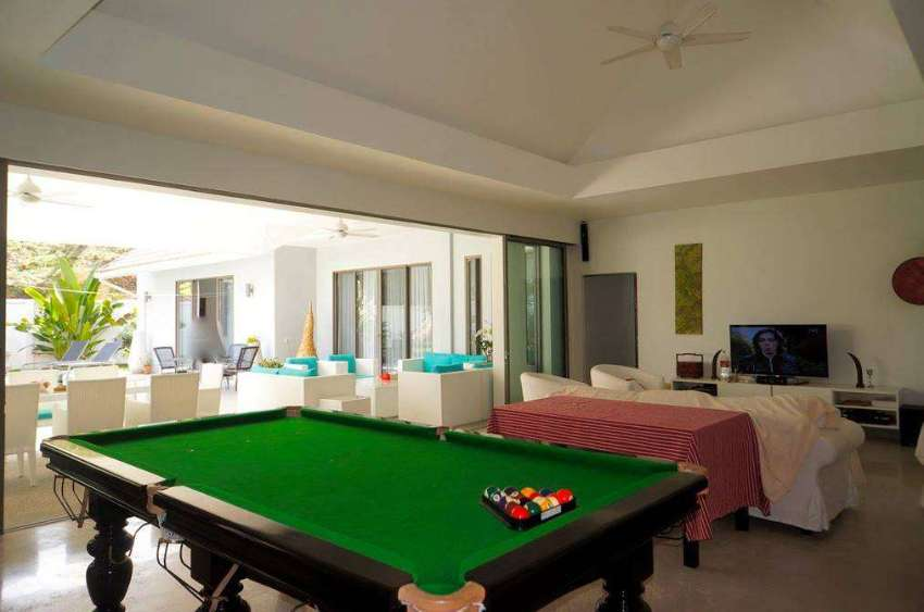 A 3 Bedroom Villa in Chalong for Sale