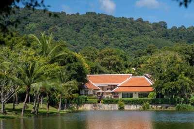 Lake Side Villa for Sale