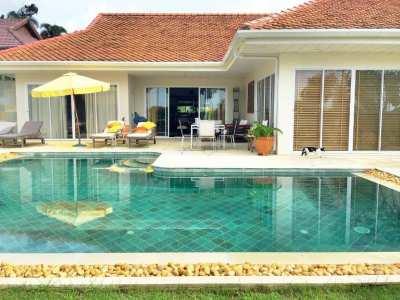 A 3 bed sea view pool villa
