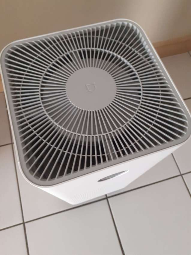 XIAOMI MI AIR PURIFIER 3H USED LESS THAN 1 YEAR + MANY EXTRAS