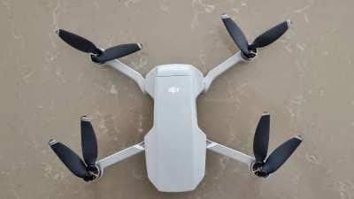 DJI Mavi Mini Drone - Excellent Condition