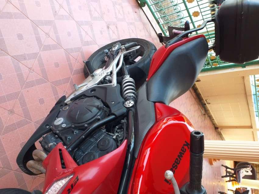 2010 ER6N Red, good bike.