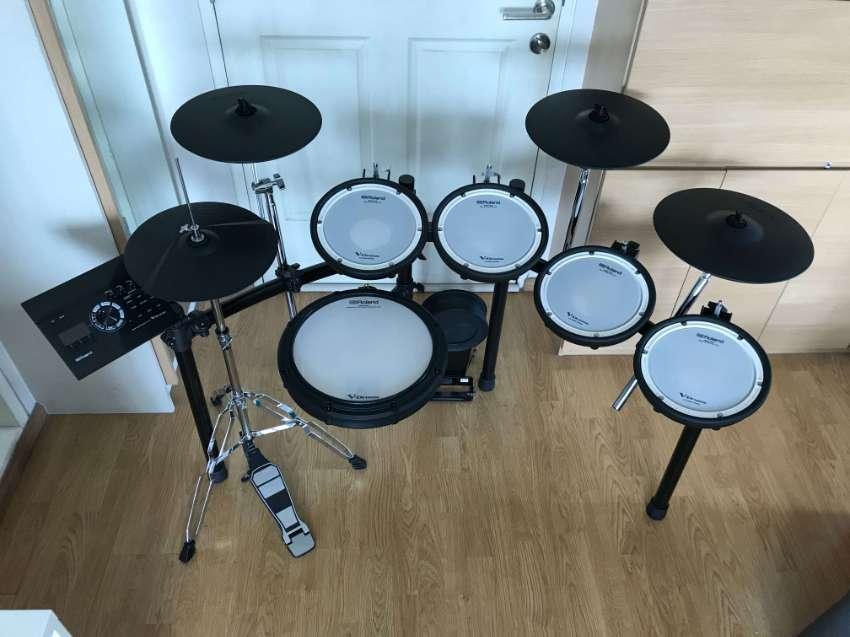 Roland TD17KV-KVX Hybrid Mesh Drum Set