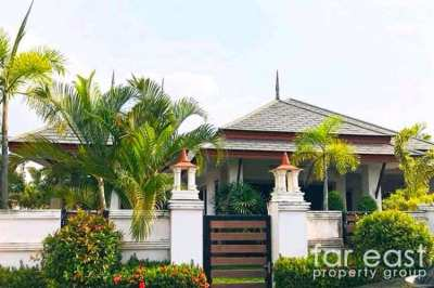 Baan Dusit Pattaya Lake Pool Villa - New Low Price!