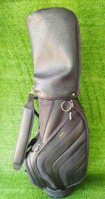 S Yard golf bag.