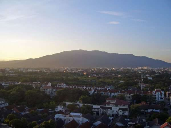 Amazing Views And Sunset Over Doi Suthep Condo For Rent