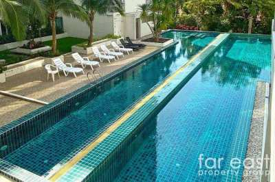 Sunset Boulevard 1 Studio - Pool View - Cheap!