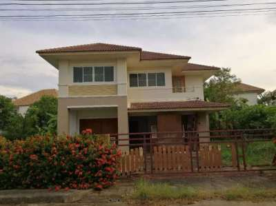 2 storey detached house for sale (an area of 224 sq m. Village Phiman Chon Rim Bueng Kaen Nakhon)