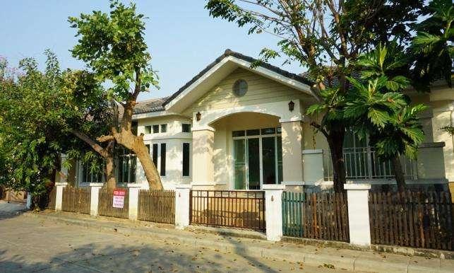 House in Laguna Home Near Rimping Meechok Plaza for Rent