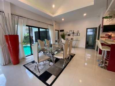 Beautiful artsy pool villa with 2 bedroom in Pattaya City