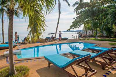 For rent beachfront pool resort in Lamai Koh Samui