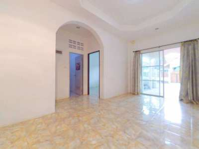 Town House for Rent Pattaya with Communal pool
