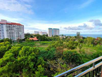Hot! Seaview 1 BR 1 Bath Top Floor Walk to Beach