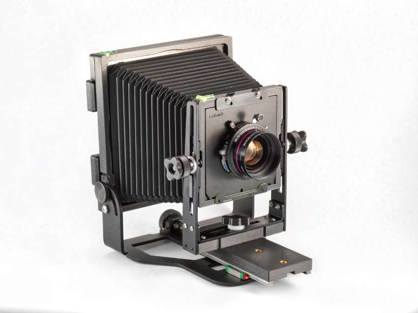 BLACK EDITION INTREPID 4X5 Camera