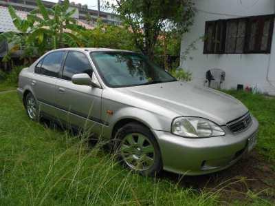 1999 imported Japanese Hinda civic 1.8 lt engine, leather interior
