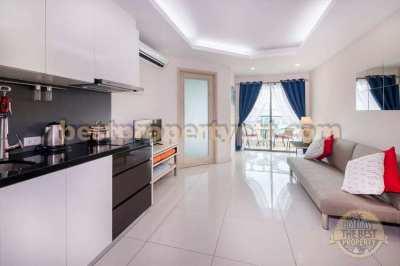 1 bedroom with Pool view in Pratumnak soi 6
