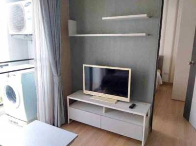 One Plus condominium for sale on Huay Kaew Rd., near Maya shopping mal