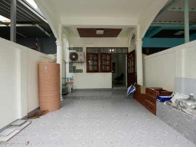 ขายบ้านทาวน์เฮ้าส์ 2 ชั้น ในซอยเพชรเกษม 19 ใกล้ MRT บางไผ่ BTS บางหว้า