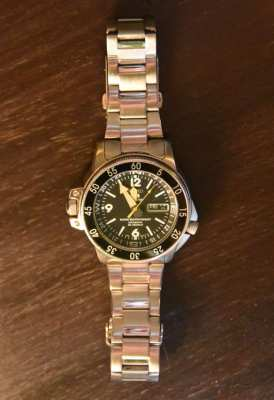 Rare SEIKO 5 Sports AUTOMATIC 200 Meters Diver's watch