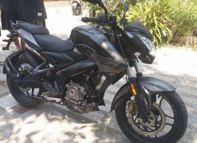 BAJAJ Pulsar RS 200 FI ABS 2020 sports bike for sale
