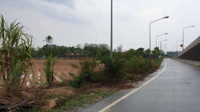 #1259  Corner plot on tarmac soi