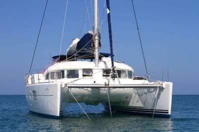 Lagoon 380 (2015) For Sale | Negotiable Price