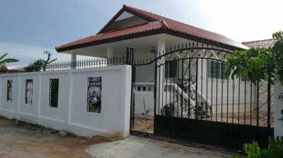 Nice villa, land 340sqm , 3 bedrooms , 2 bahtrooms