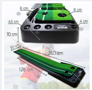 Golf putting trainer for indoor and outdoor.
